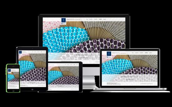 スライドショー形式で複数の画像が表示されます